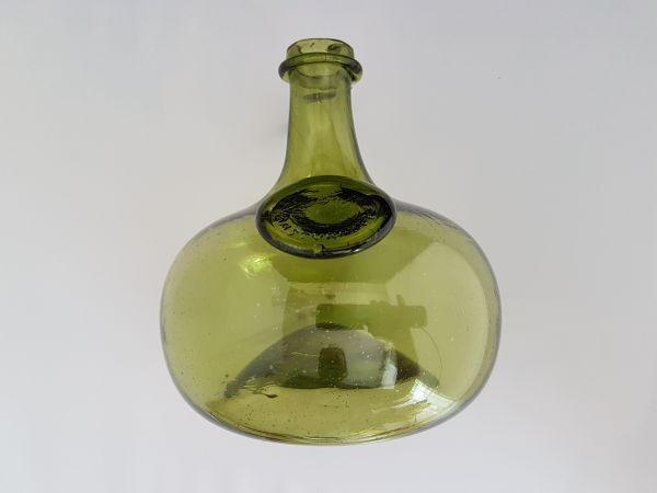 Schiffsflasche mit Siegel 17. Jahrhundert